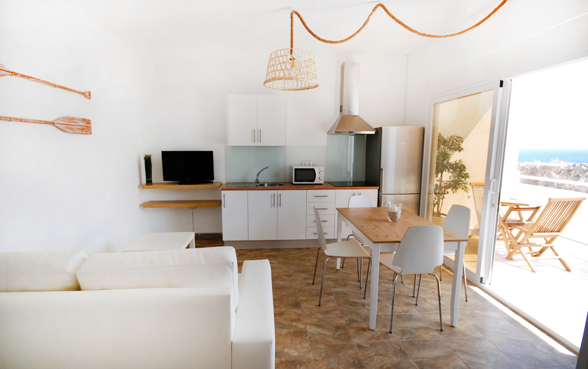 18. Beach-elaceitun-sittingroom